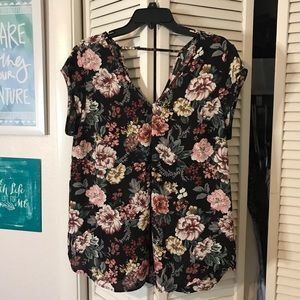 Dark Floral Detail Flowy Blouse